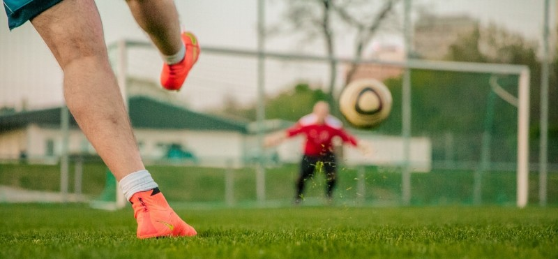 media/image/football-1274661_1280.jpg